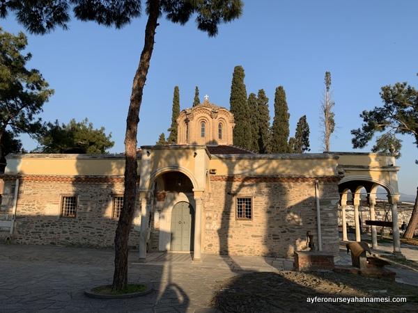 Vladatan Manastırı