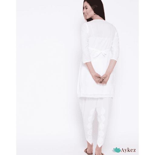 https://aykez.com/product/white-cotton-lucknow-chikankari-kurta-set-with-dhoti/