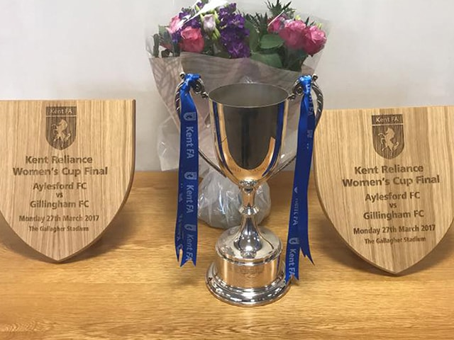 https://i2.wp.com/aylesfordfc.co.uk/wp-content/uploads/ladies-trophies-min.jpg?fit=640%2C480