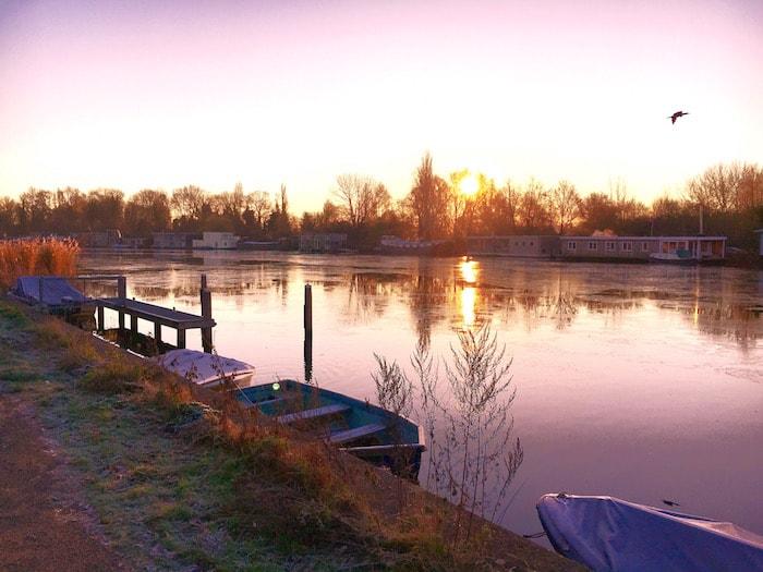De Amstel bij zonsopkomst