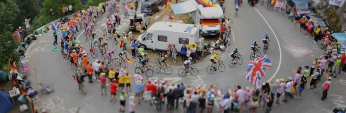 tdf2015_stage10_GC_favorites_climb_last_summit