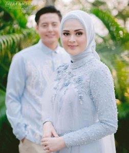 Fashion Couple Custom untuk Moment Bahagia