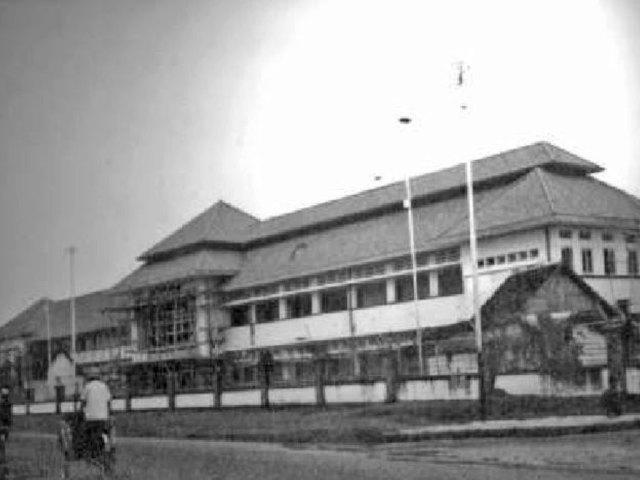 Gedung RS Kelamin tahun 1952. Sumber: P3SKK, 2008
