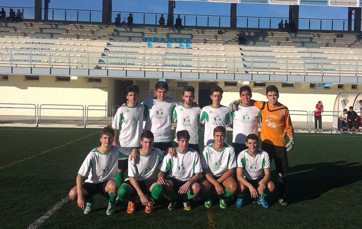 equipo-juvenil-escuela-futbol-2015-2016.jpg - 143.64 KB