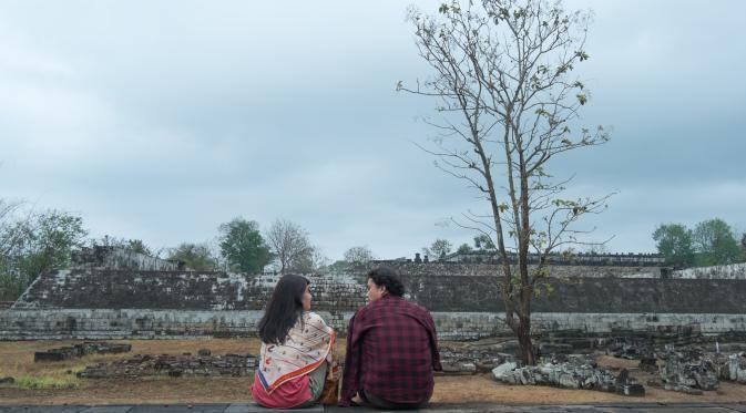 Rangga dan Cinta di Istana Ratu Boko . Foto : showbiz.liputan6.co.id