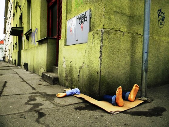 Kota dengan Seni Jalanan Terbaik di Dunia - Seni-Jalanan-Lukisan-Mural-di-Kota-Praga-Republik-Ceko-2