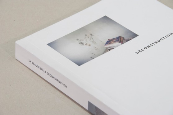Contoh Desain Katalog Atraktif - Contoh-desain-katalog-DÉCONSTRUCTION-oleh-Josep-Puy