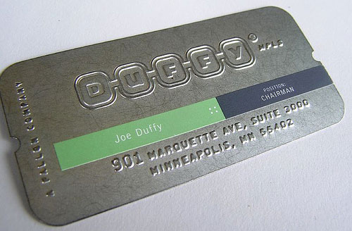 Contoh-Desain-Kartu-Nama-dengan-Cetak-Emboss50