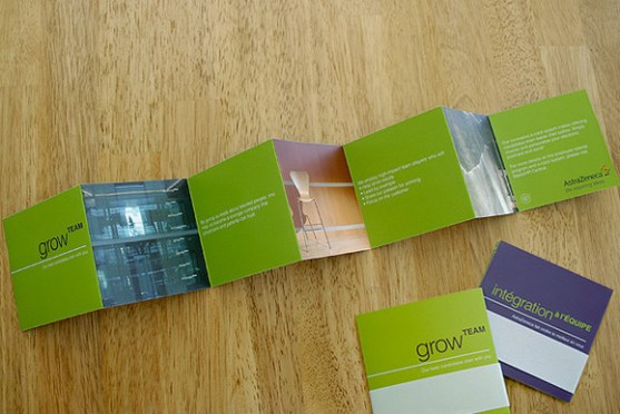 Desain Brosur Unik Menarik Cantik Bagi Media Promosi - Desain-Brosur-Unik-Menarik-Cantik-Bagi-Media-Promosi-Bisnis-28