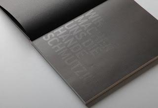 Contoh Desain Laporan Tahunan Perusahaan - Contoh-Desain-Format-Layout-Laporan-tahunan-Perusahaan-cetak-dan-print-KIIC-Jababeka-31