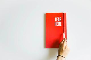 Contoh Desain Laporan Tahunan Perusahaan - Contoh-Desain-Format-Layout-Laporan-tahunan-Perusahaan-cetak-dan-print-KIIC-Jababeka-66