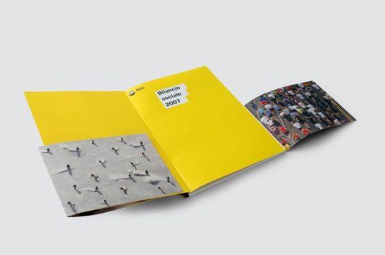 Contoh Desain Laporan Tahunan Perusahaan - Contoh-Desain-Format-Layout-Laporan-tahunan-Perusahaan-cetak-dan-print-KIIC-Jababeka-80