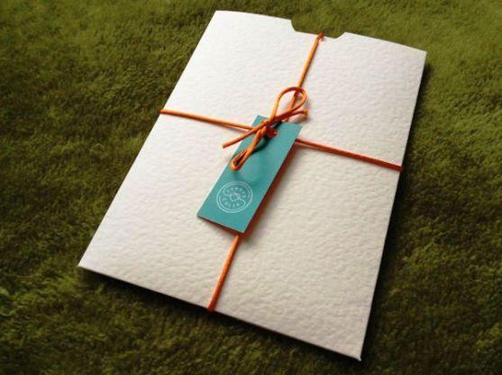 24 Contoh Desain Amplop Kreatif - Contoh-Desain-Amplop-Envelope-by-Colin-Grist