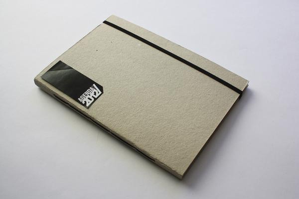 Contoh Buku Agenda Desain Cantik untuk Corporate