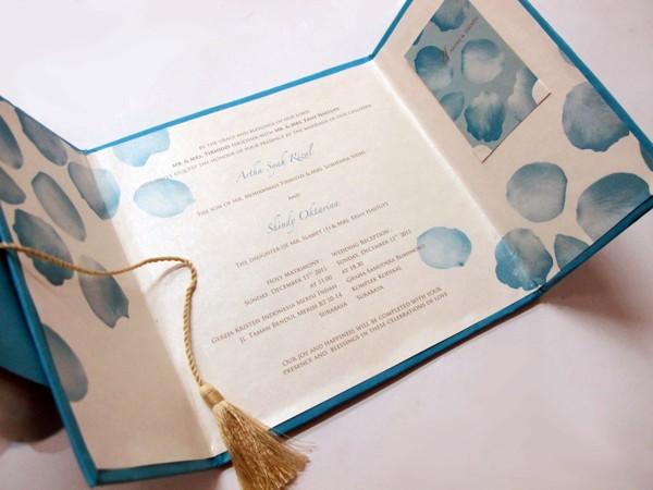 37 Contoh Konsep Undangan Pernikahan Indonesia - Konsep-Undangan-Pernikahan-Indonesia-Paper-Sculpting-Wedding-Invitation