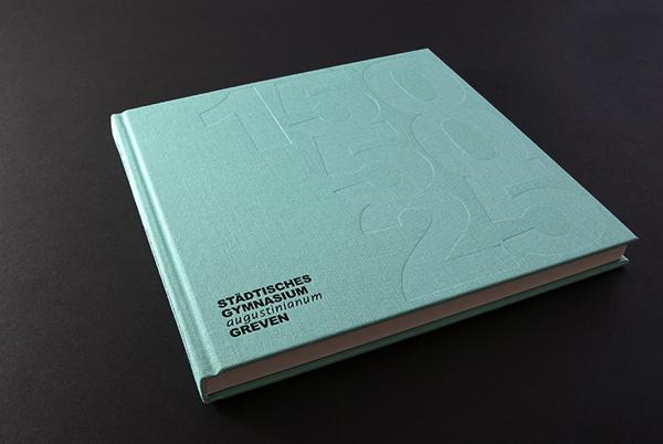 Contoh Katalog dan Buklet dengan Desain Inspiratif - Augustinianum-3-Contoh-Katalog-dan-Buklet