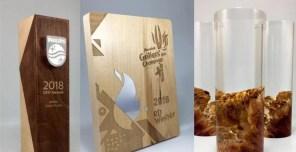 5 Contoh Plakat Piala Berbahan Kayu Organik dengan Desain Unik