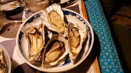 殻付き牡蠣を堪能する。かきの洗い方・かきご飯・かきの土手鍋レシピ