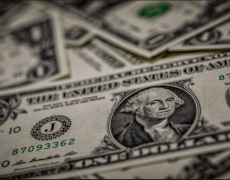 US dollar share of currency reserves falls to lowest since 2013
