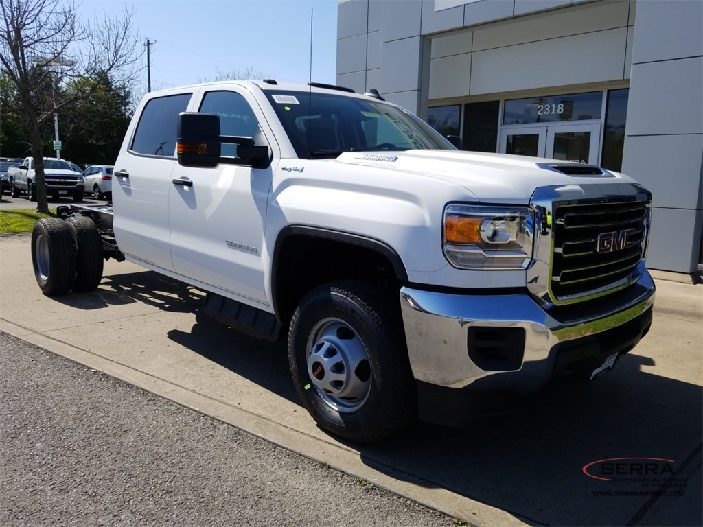New 2018 GMC Sierra 3500 Crew Cab  Cab Chassis   For Sale in Madison  TN 2018 Sierra 3500 Crew Cab DRW 4x4  Cab Chassis  C81364   photo