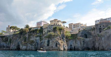 Sorrente, les hôtels sur la falaise