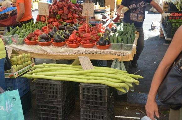 Catane, des zucchini. Sicile 2020