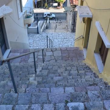 des escaliers encore et toujours... Nafpaktos port médiéval 2020