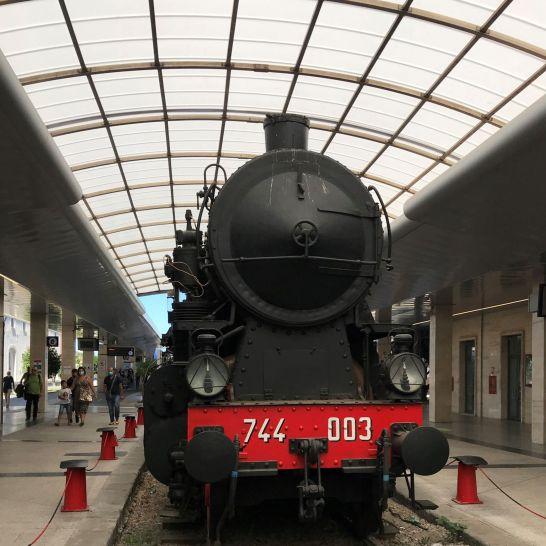 Cagliari 2020 Vieille locomotive à vapeur.