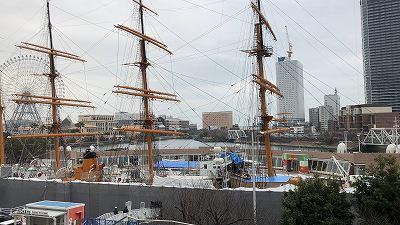 帆船日本丸改修中