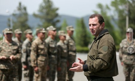 «Հիմա մենք սահմանափակումներով ավելի շատ զինծառայողներ ենք զորակոչում», - Դավիթ Տոնոյան