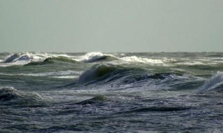 Ծովում փոթորկի պատճառով դադարեցվել են Ադրբեջանի ծովային հորատման աշխատանքները