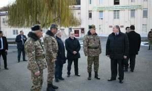 Նախագահ Սարգսյանն այցելել է Պաշտպանության բանակի ինժեներասակրավորական գումարտակ