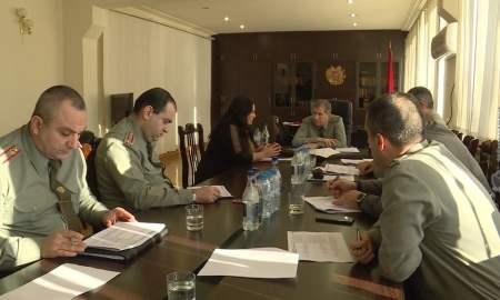 ԶՈւ ԳՇ պետի առաջին տեղակալն ընդունել է քաղաքացիների