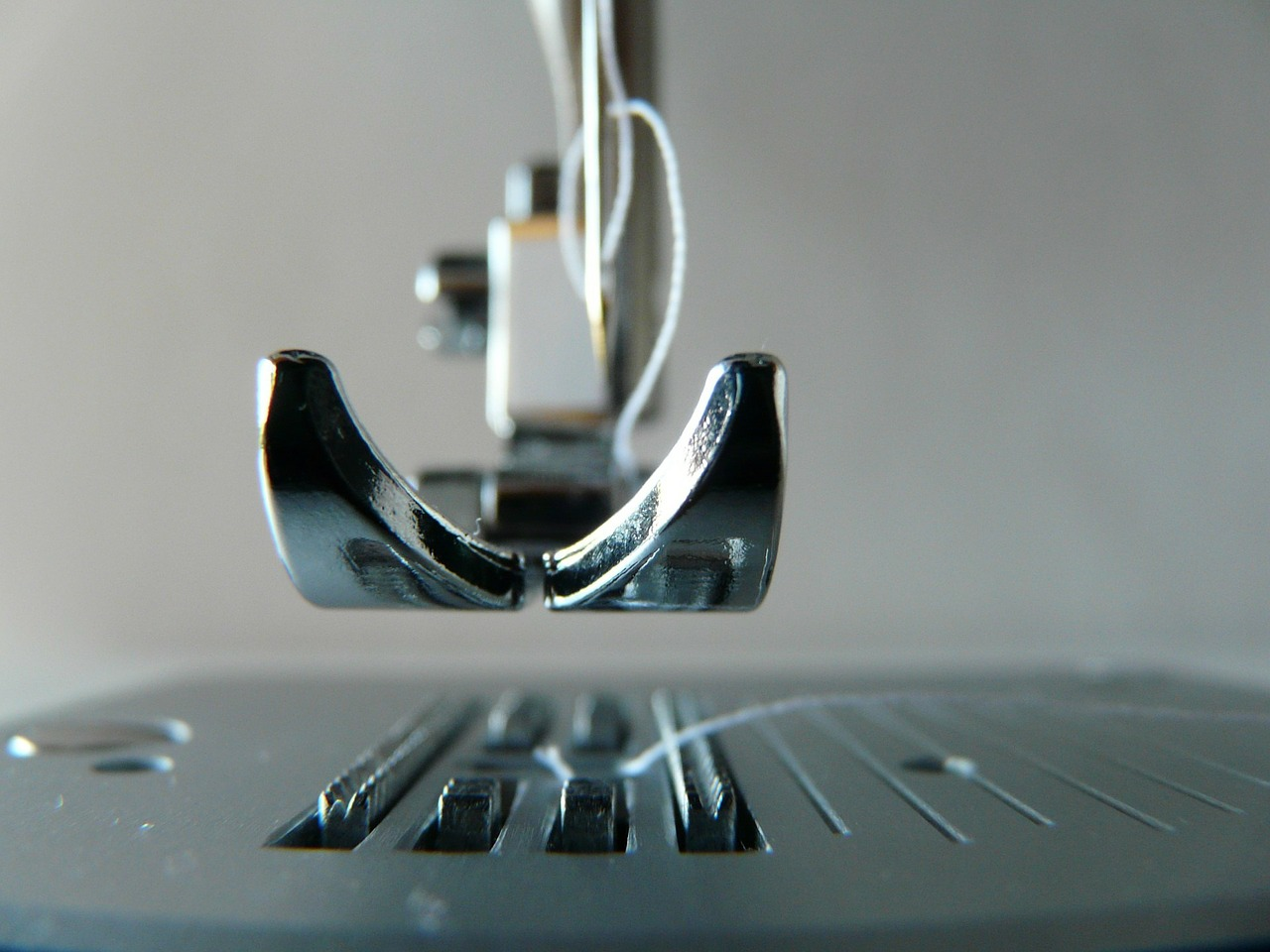 sewing-machine-315382_1280