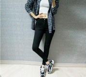 black-checkered-shirt-shoes-ootd-favim-com-3482192