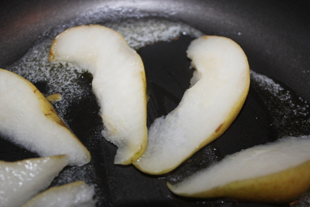 Pears in butter