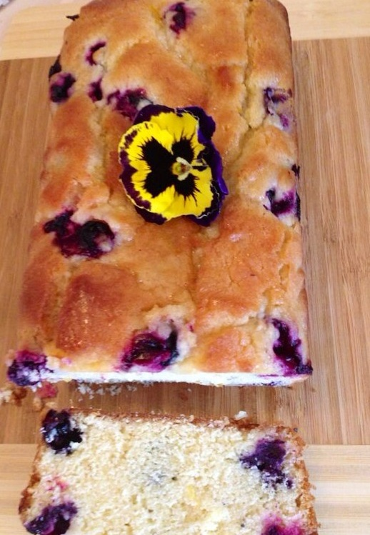 blueberry lemon tea cake - featured image