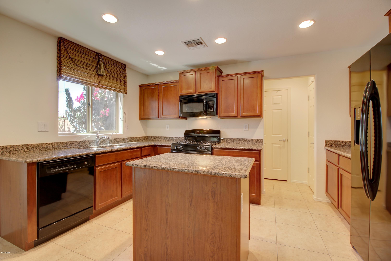 1731 W Straight Arrow  Lane  Phoenix AZ 85085