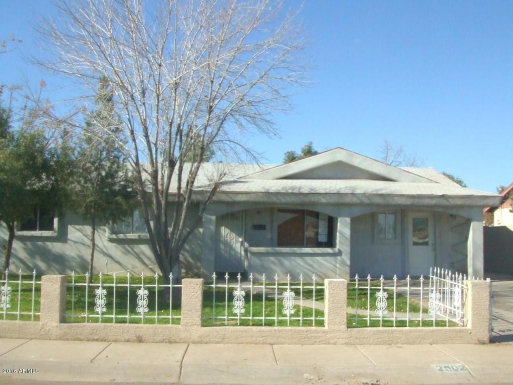 2902 N 63rd  Drive  Phoenix AZ 85033