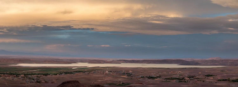 Lake Ouarzazate - in The El Mansour Eddahbi Dam.