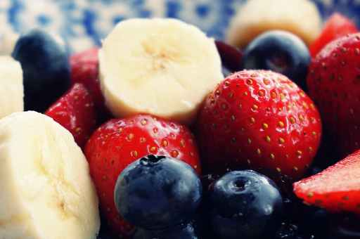 strawberries, blueberries and banana