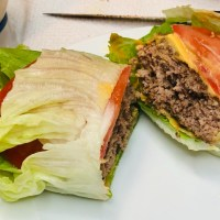 Cheeseburger Wrapped in Lettuce (No Bun & Healthy)