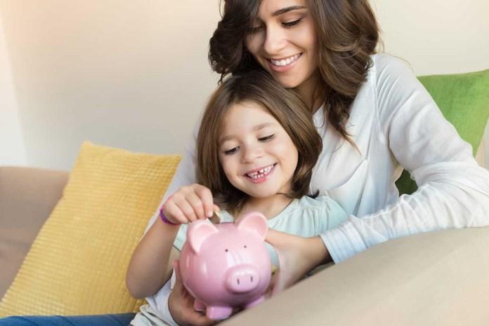 Kako otroka naučiti ravnanja z denarjem?