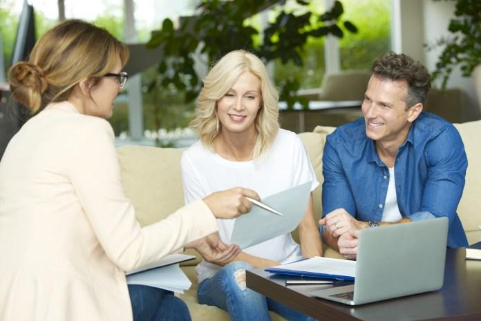 Nepremičninski posrednik – strošek ali investicija?
