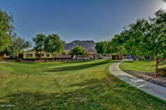 This Pulte Homes in STETSON VALLEY is the total package 19