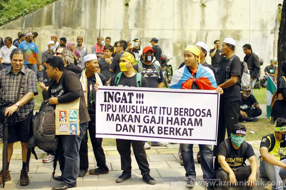 Protestant sepanjang jalan ke Padang Merbok, KL