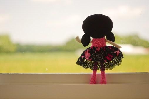 doll-1139355_1280