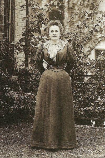 Clara_Zetkin-em-1897.jpg?resize=399%2C599