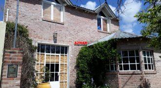 Casa en venta en calle Ameghino