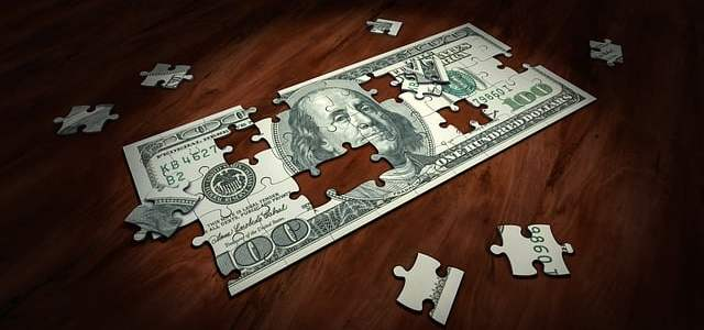 To Pay or Not to Pay: When You Should Start Spending Money Marketing